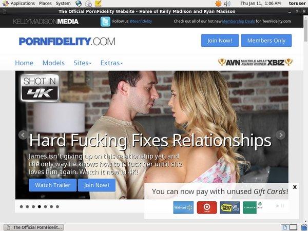 Pornfidelity.com Nude